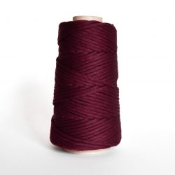 Creadoodle combed cotton collection 4 mm of the highest quality cotton for macrame, weaving, crochet, needle punch, embroidery, super kwaliteit katoen koord 30 colours available red velvet